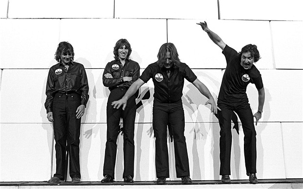 Pink Floyd novamente no topo: Richard Wright, Roger Waters, David Gilmour e Nick Mason