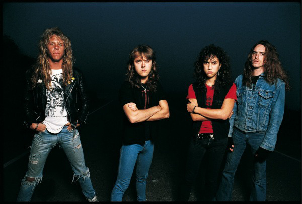 Metallica em 1986: James Hetfield, Lars Ulrich, Kirk Hammett e Cliff Burton