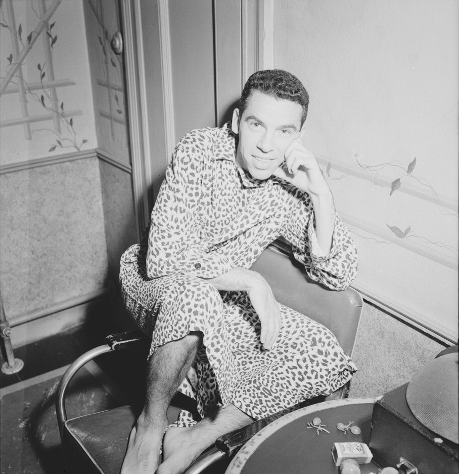 Buddy_Rich,_New_York,_N.Y.,_ca._Aug._1946_(William_P._Gottlieb_07351)
