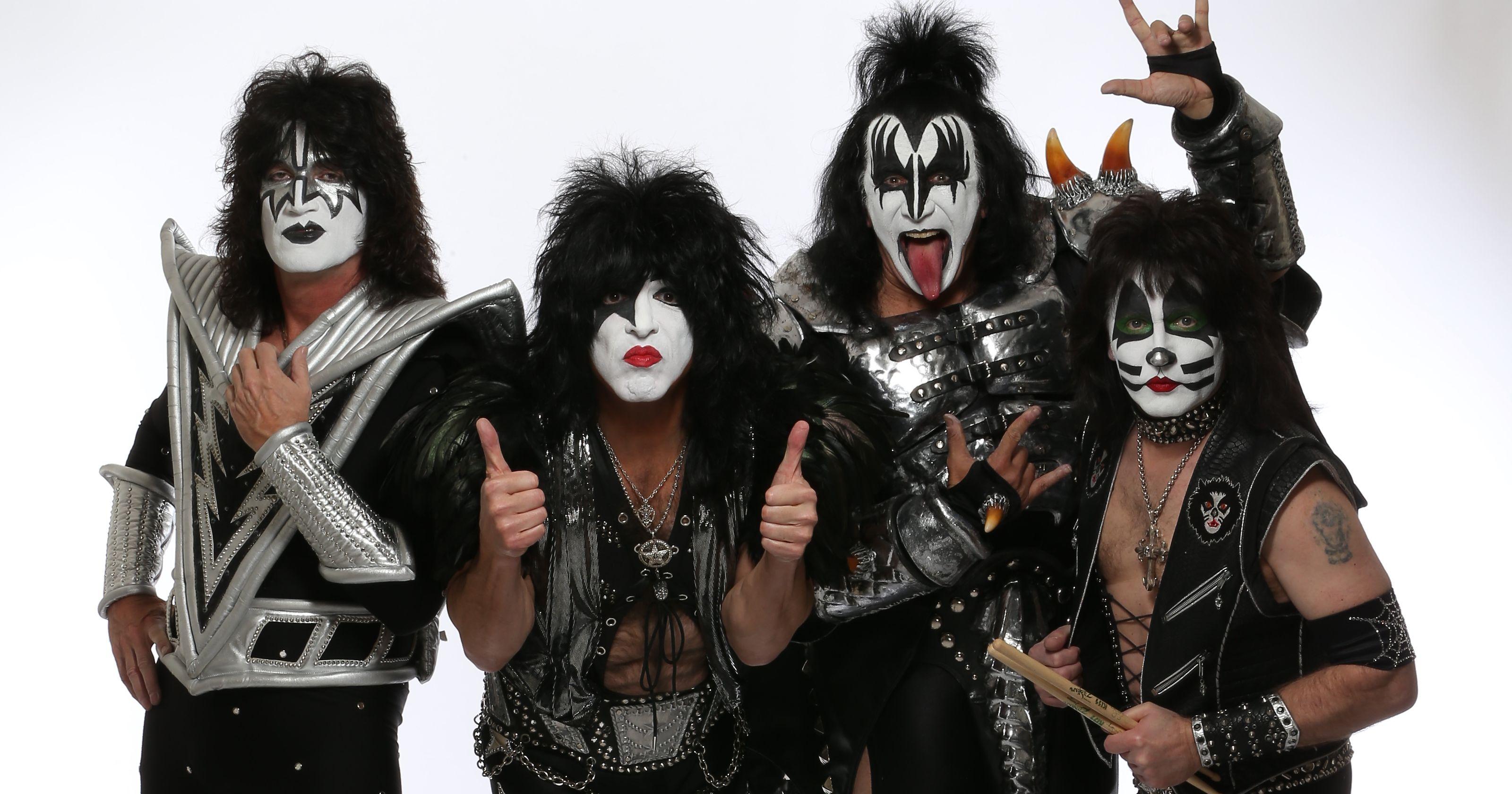O novo Kiss, com as máscaras antigas ...