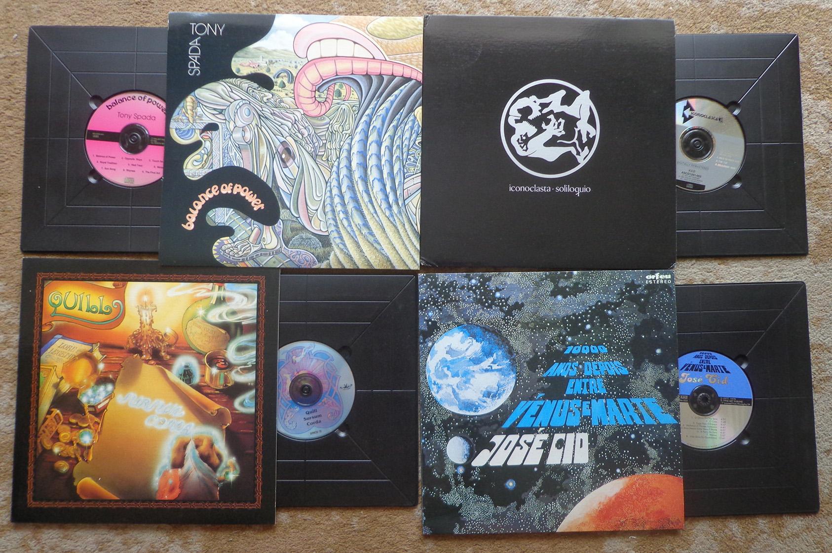 CDs que foram lançados no formato LP. O acabamento das capas é primoroso.