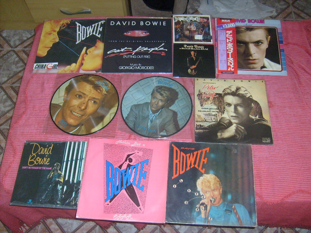 David Bowie piratas