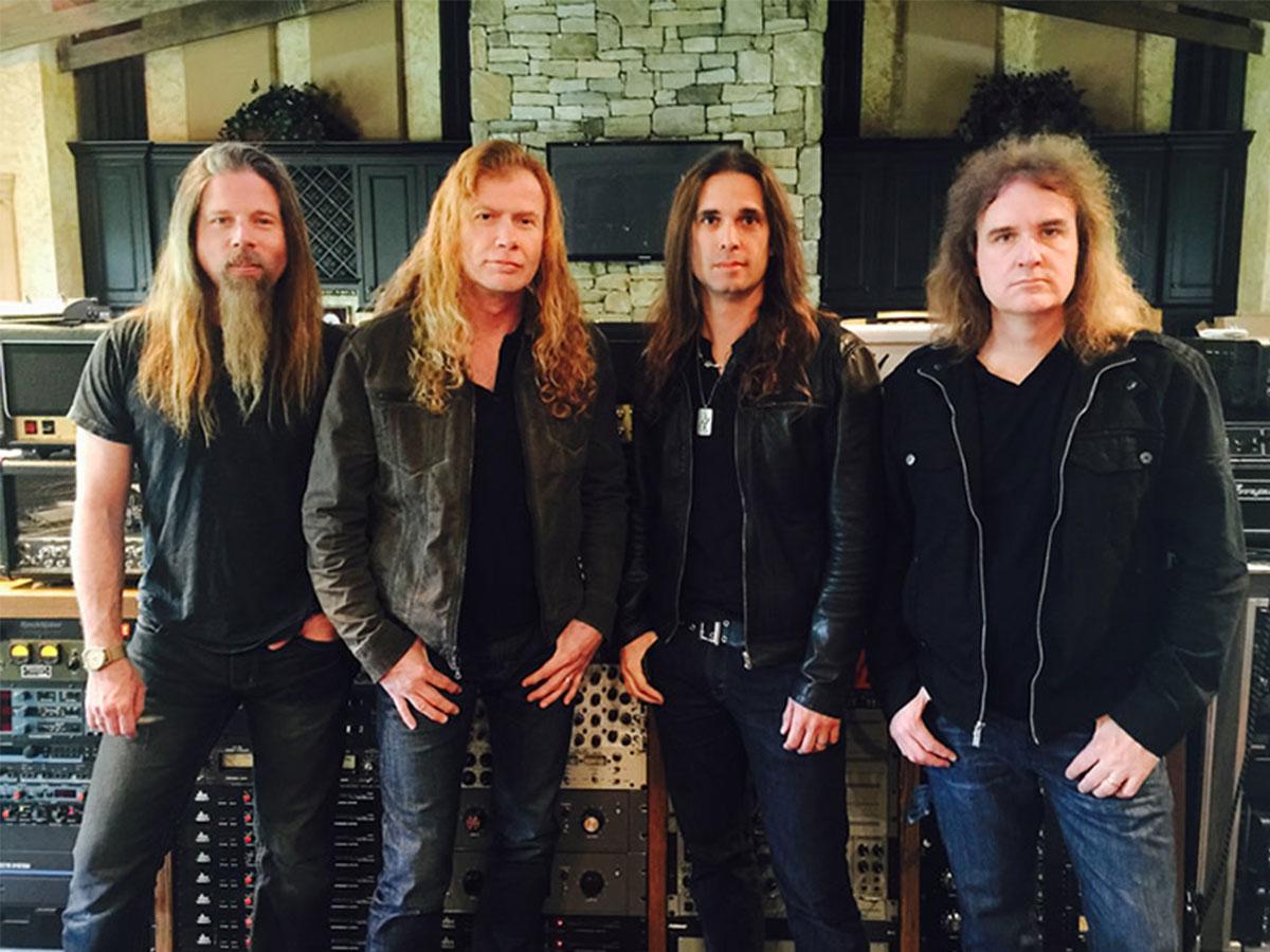 Chris Adler, Dave Mustaine, Kiko Loureiro e Dave Ellefson