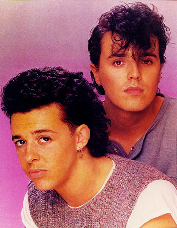 Notorious Prophet – Passando a Ficha de Tears for Fears
