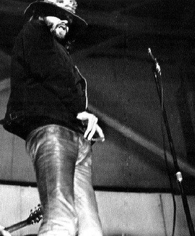 Jim_Morrison_whip_out