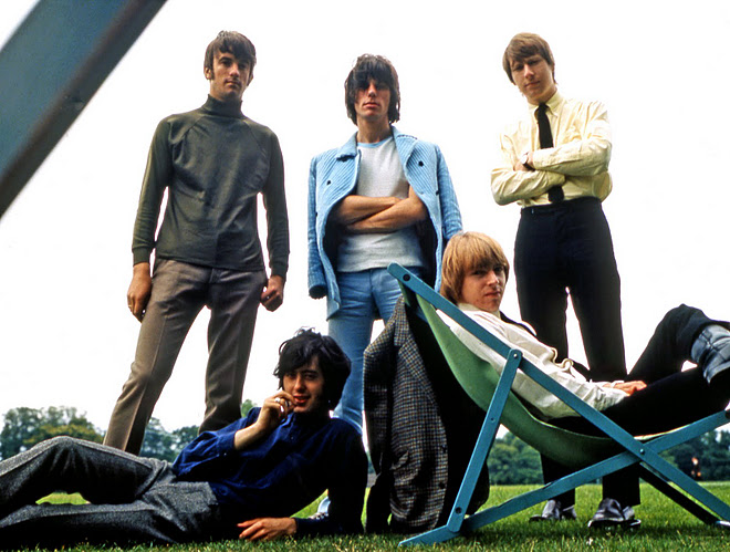 Yardbirds_The_Ultimate_Rave_Up_book_greg_russo_eric_clapton_jeff_beck_jimmy_page_keith_relf_psychedelic_rocknroll_1966