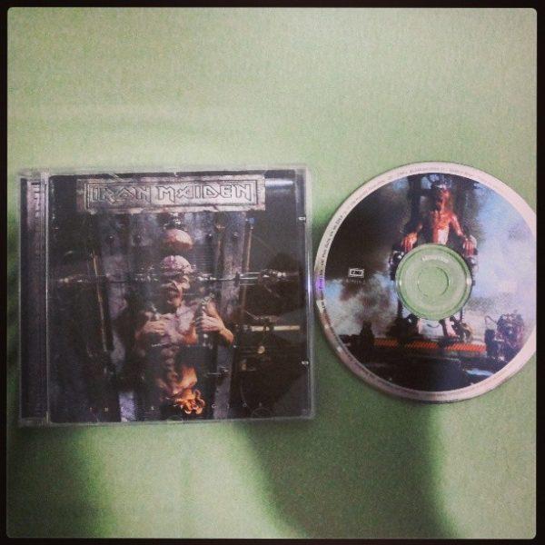 Primeiro disco da (curta) coleção: The X Factor, do Iron Maiden.
