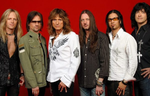 Whitesnake em 2008: Doug Aldrich, Chris Frazier, David Coverdale, Reb Beach, Uriah Duffy e Timothy Drury